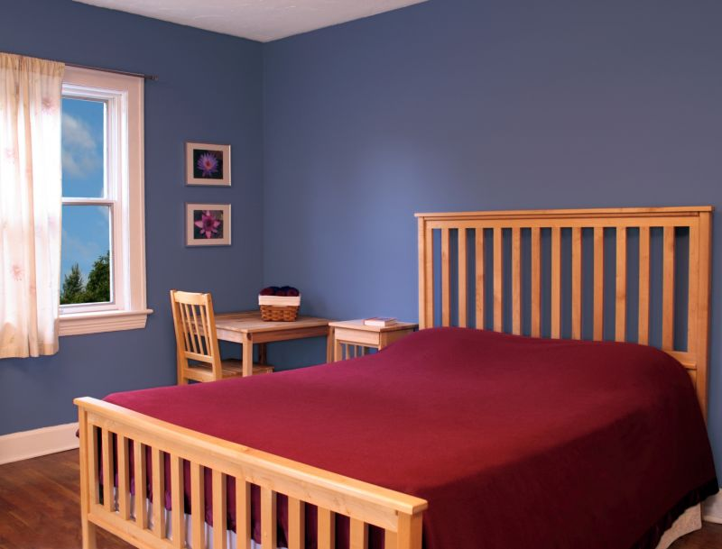 _blue_walls_in_nursery_091396_