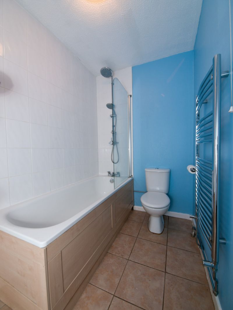 Bathroom in Sam's flat at 11 Linnett Close, Chingford, London