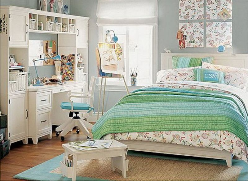 medium-bedroom-ideas-for-teenage-girls-green-linoleum-picture-frames-desk-lamps-purple-design-toscano-beach-style-vinyl