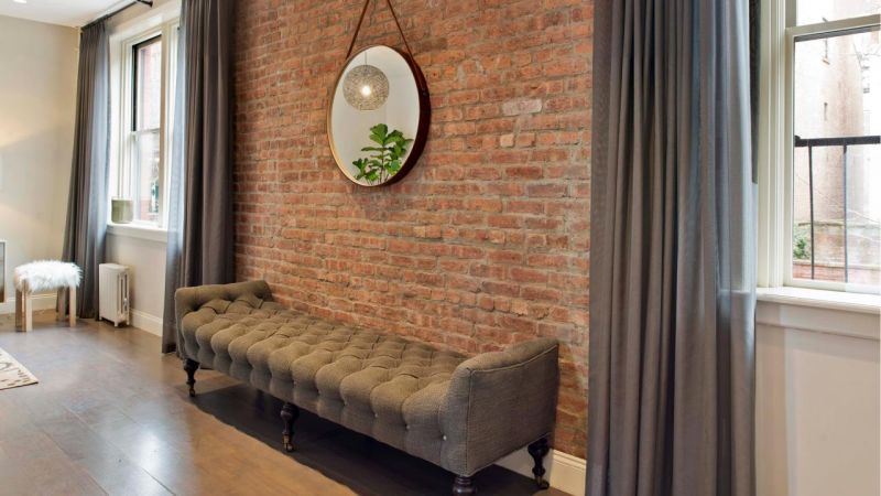 susan-galvani_brooklyn-living-room_brick-jpg-rend-hgtvcom-1280-720