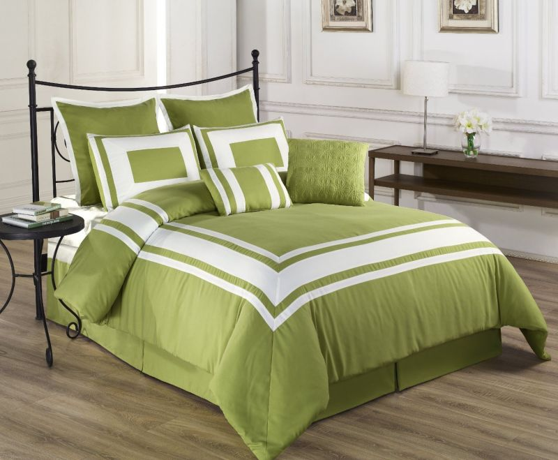 traditional-green-bedspread
