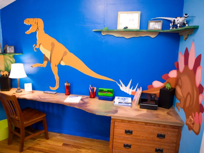 hstar406_dinosaur-desk-antonio-after_s4x3-jpg-rend_-hgtvcom-1280-960