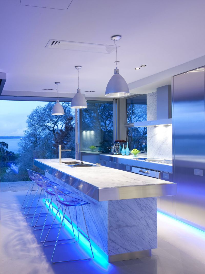 led-lighting-interiors-kitchen-photo-01
