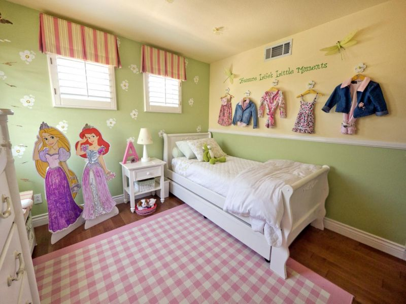 original_hgtv-child-style-103-little-girls-room_s4x3-jpg-rend-hgtvcom-1280-960